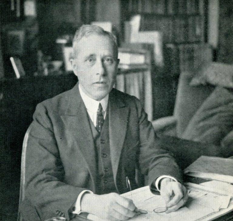 Йохан Хейзинга (нидерл. Johan Huizinga, 1872–1945)