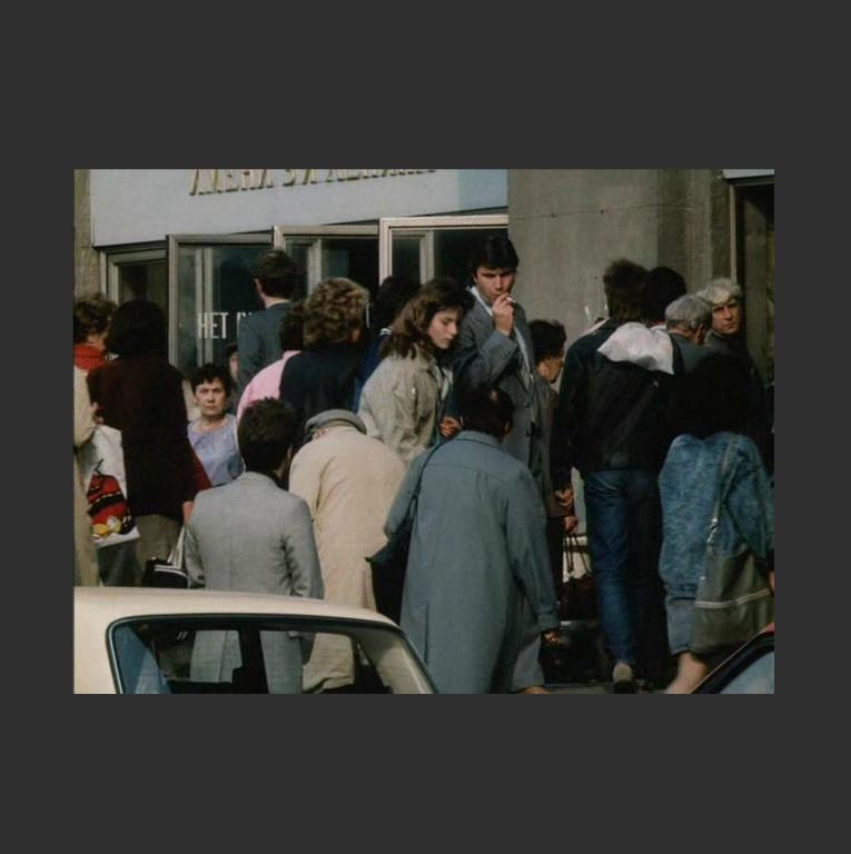 Кадр из фильма «Авария – дочь мента». 1989