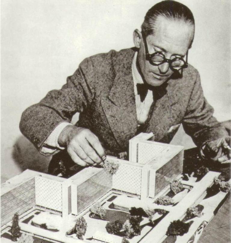 Ле Корбюзье (фр. Le Corbusier, 1887–1965). Ок. 1930
