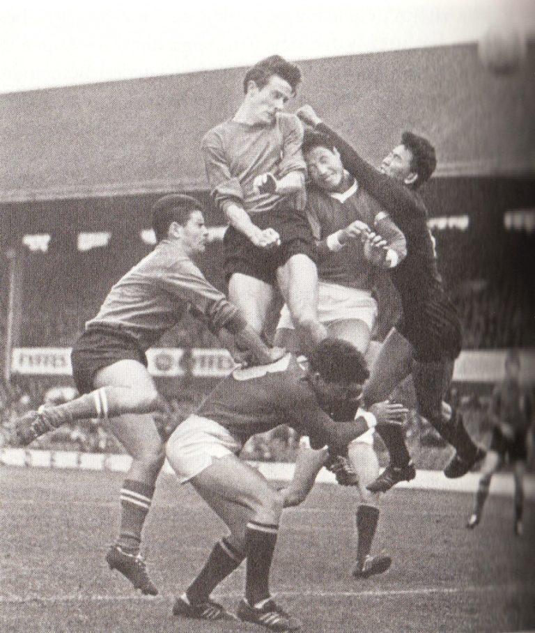 Момент футбольного матча Северная Корея – Италия. 1966
