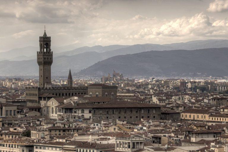 Панорама Флоренции с видом на Палаццо Веккьо