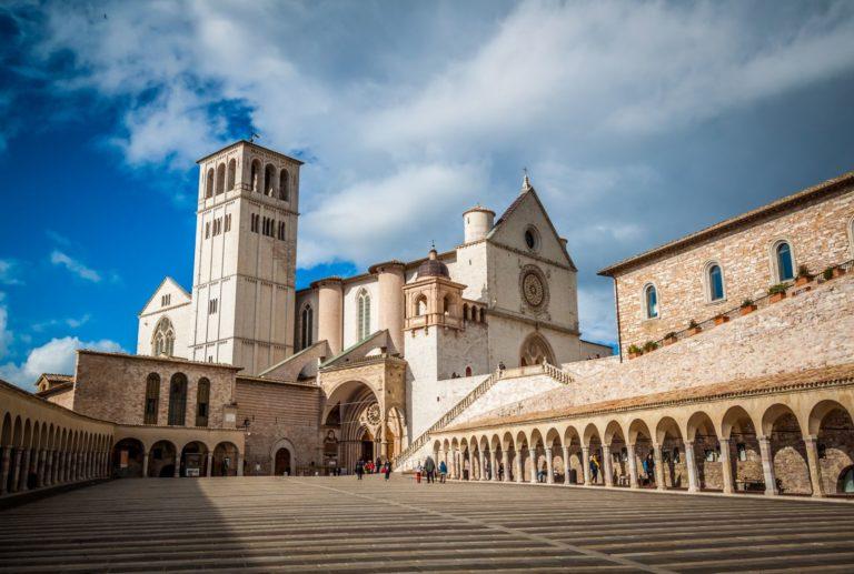 Церковь Сан-Франческо в Ассизи. 1228–1253