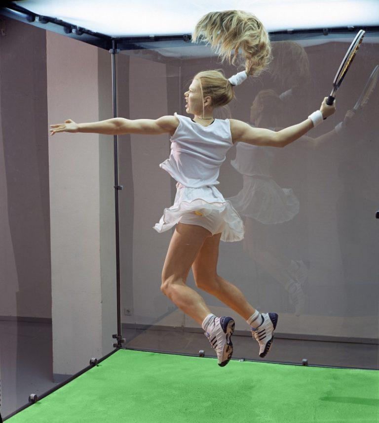 Теннисистка. 2002