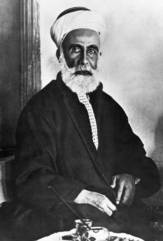 Хусейн ибн Али аль-Хашими (1854–1931), шериф Мекки и первый король Хиджаза (1916–1924), предводитель арабского восстания