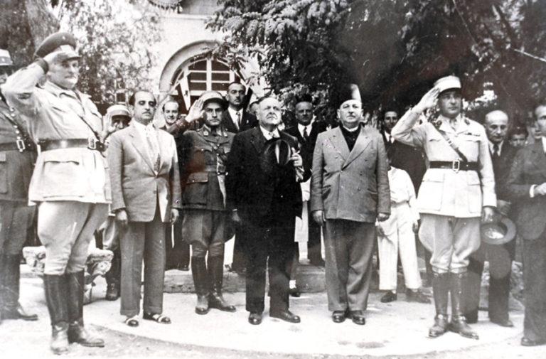 Первый президент независимой Ливанской Республики Бишара эль-Хури и первый премьер-министр Риад ас-Сольх в Баальбеке. 1947