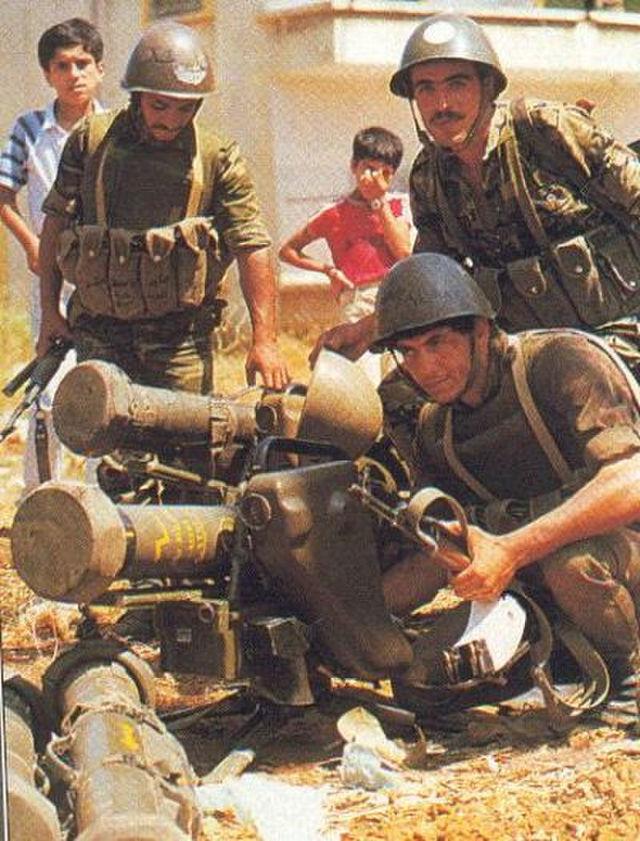 Противотанковый расчёт сирийских войск с ПТРК «Милан» во время Ливанской войны. 1982
