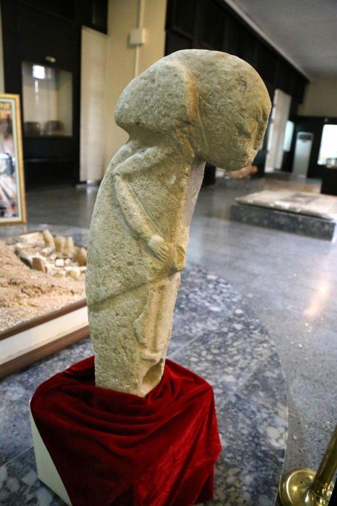 Статуя, обнаруженная в районе Кяхта. Ок. 8000–7000 гг. до н.э.