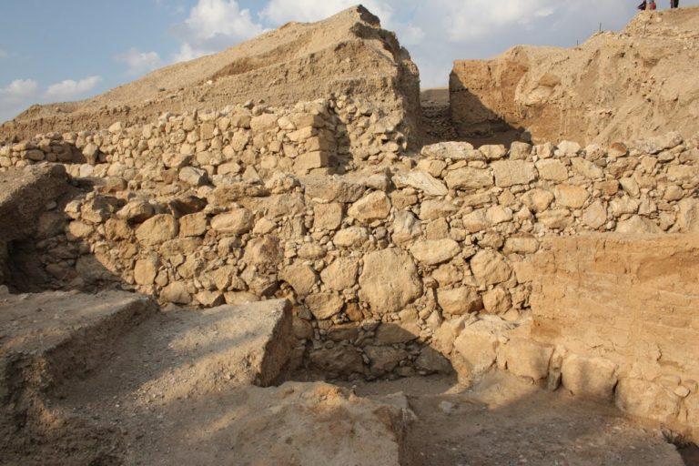 Стена древнего Иерихона. Ок. 7000–5800 гг. до н.э.