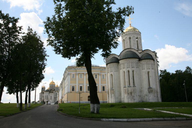 Дмитриевский собор. 1194–1197