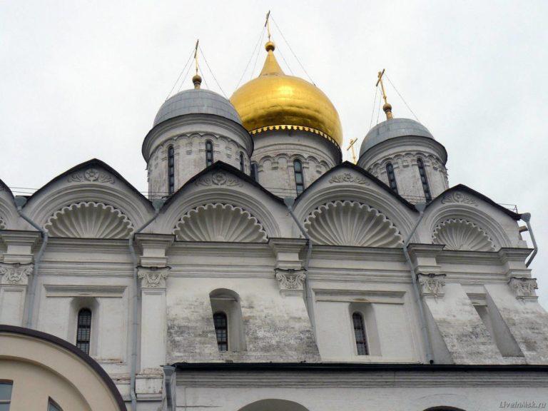 Фрагмент фасада Архангельского собора