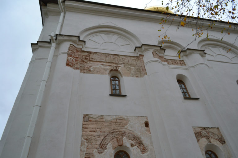 Фрагменты древней кладки Спасо-Преображенского собора Спасо-Евфросиниевского монастыря