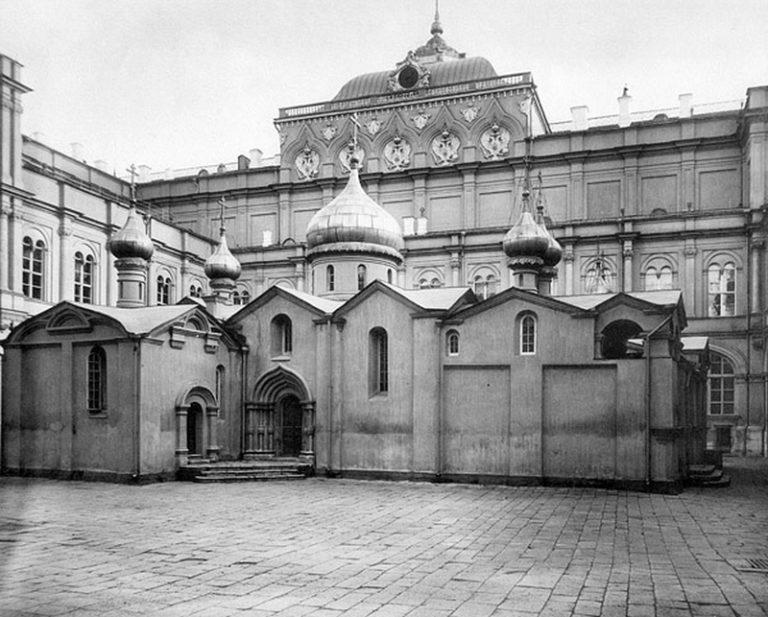 Храм Спаса на Бору. 1329–1330