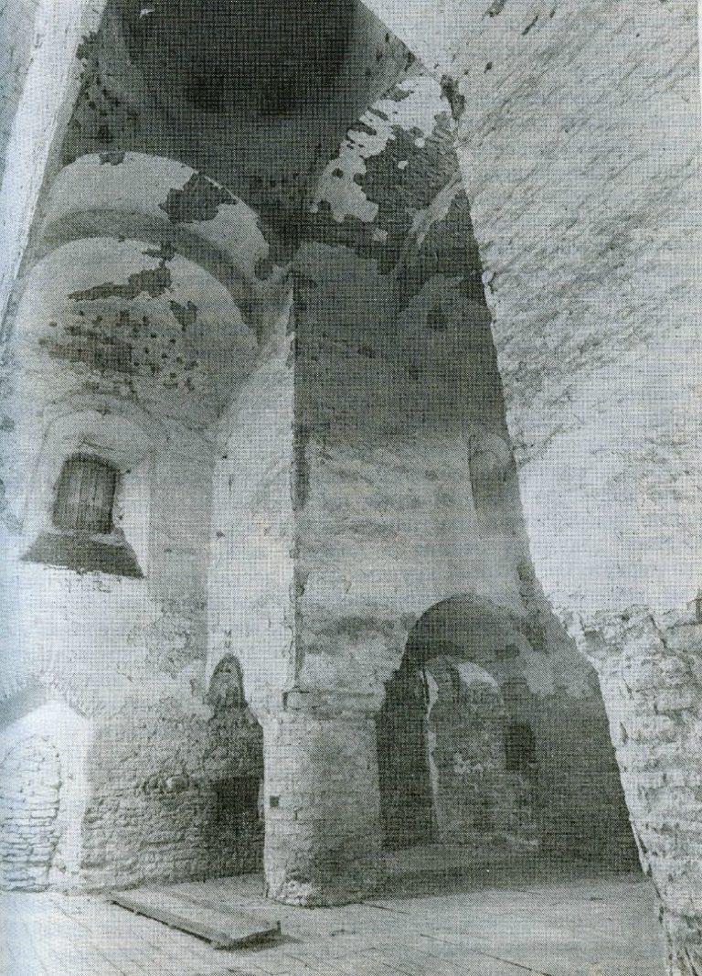 Интерьер храма Богоявления с Запсковья