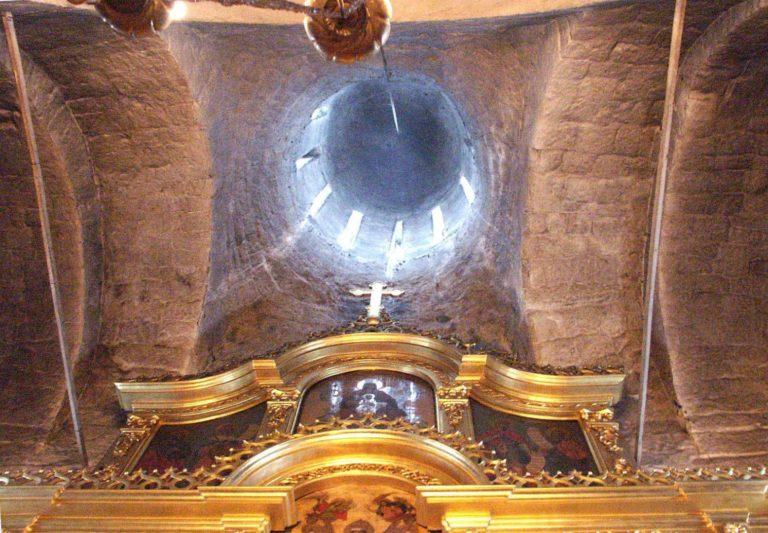 Интерьер храма Рождества Богородицы