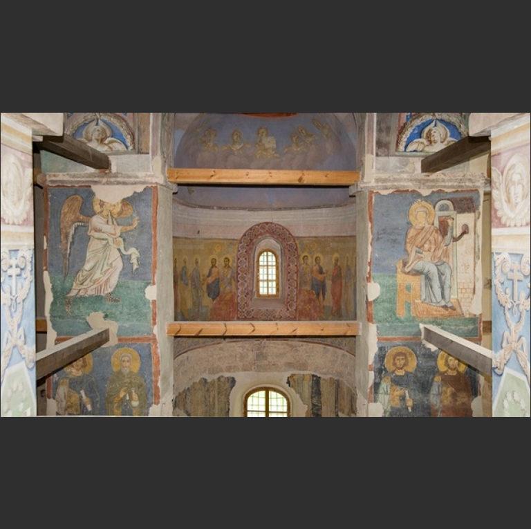 Интерьер собора Рождества Богородицы