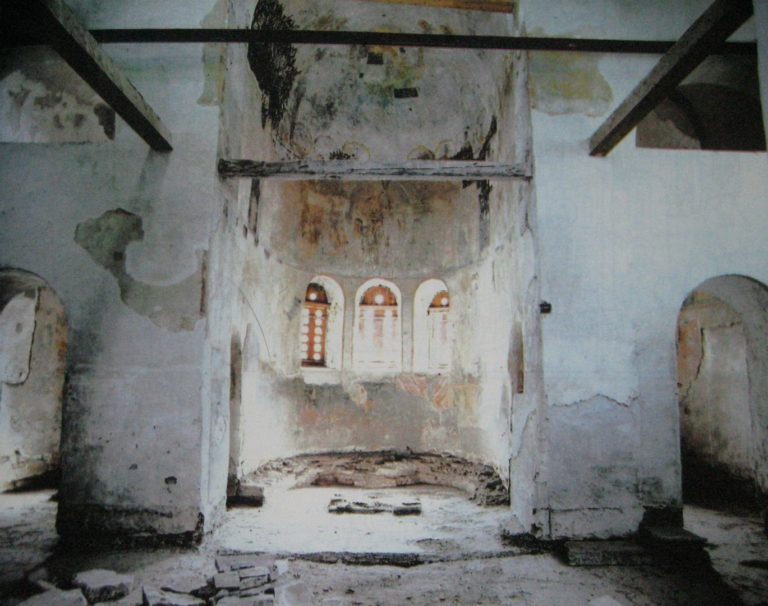 Интерьер церкви Благовещения в Аркажах
