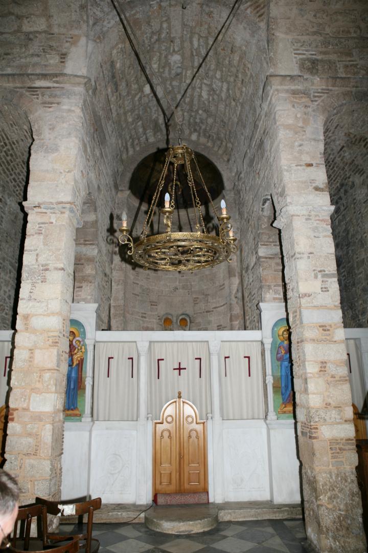Интерьер церкви Панагия Горгоепикоос, Афины