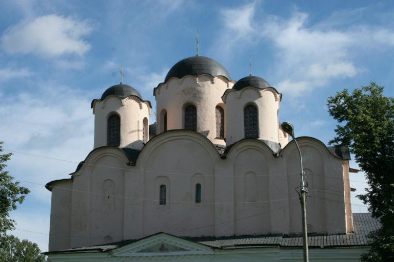 Николо-Дворищенский собор. 1113–1136