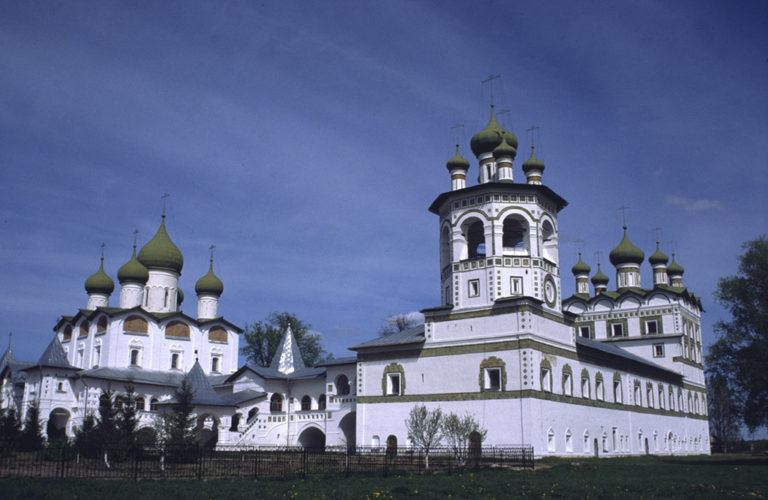 Никольский собор. 1681–1685. Трапезная церковь Иоанна Богослова. Ок. 1698