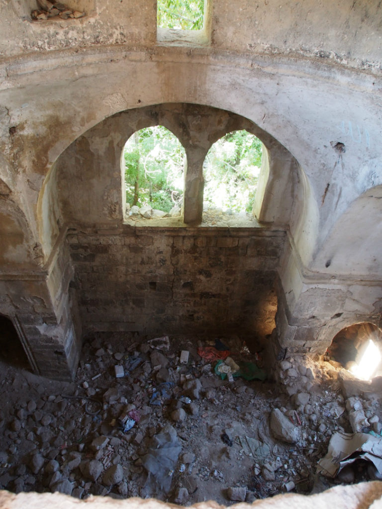 Подпружная арка храма в Антигусе, Каппадокия