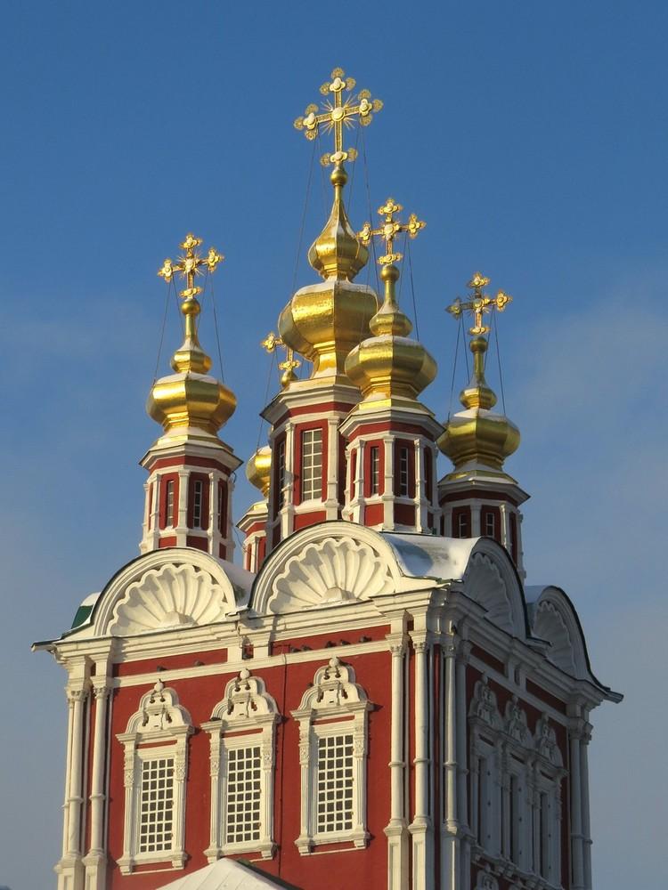 Преображенская надвратная церковь, вид с северо-востока. 1687–1688