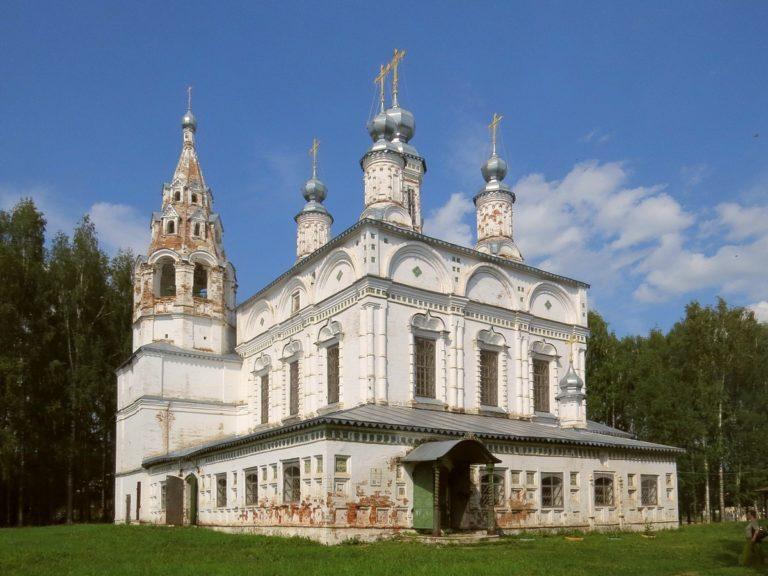 Собор Спасо-Преображенского монастыря, вид с юго-запада. 1689–1696