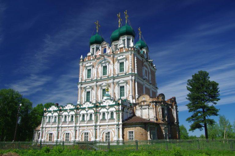 Собор Введенского монастыря. 1689–1693