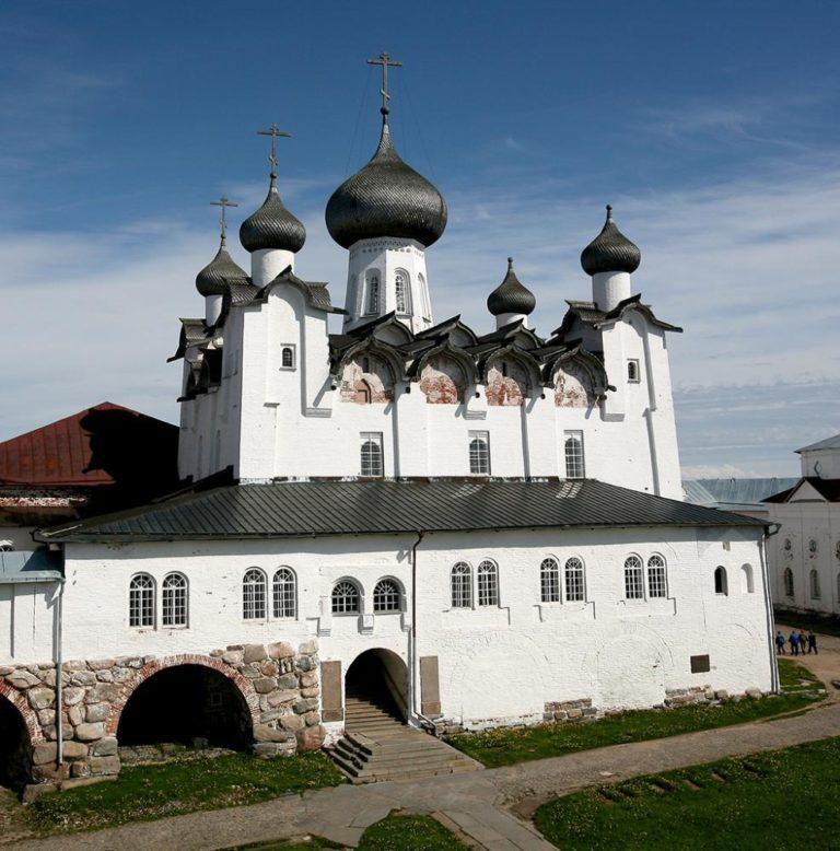 Спасо-Преображенский собор. 1558–1566