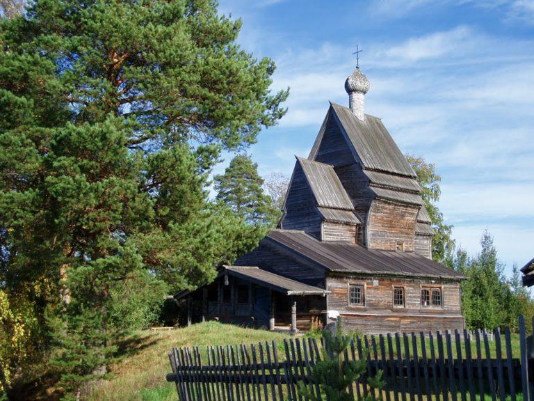 Церковь Георгия Победоносца в Юксовичах, вид с юго-запада. 1493