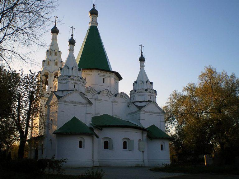 Церковь Троицы Живоначальной в Троицком-Голенищеве. 1644–1647