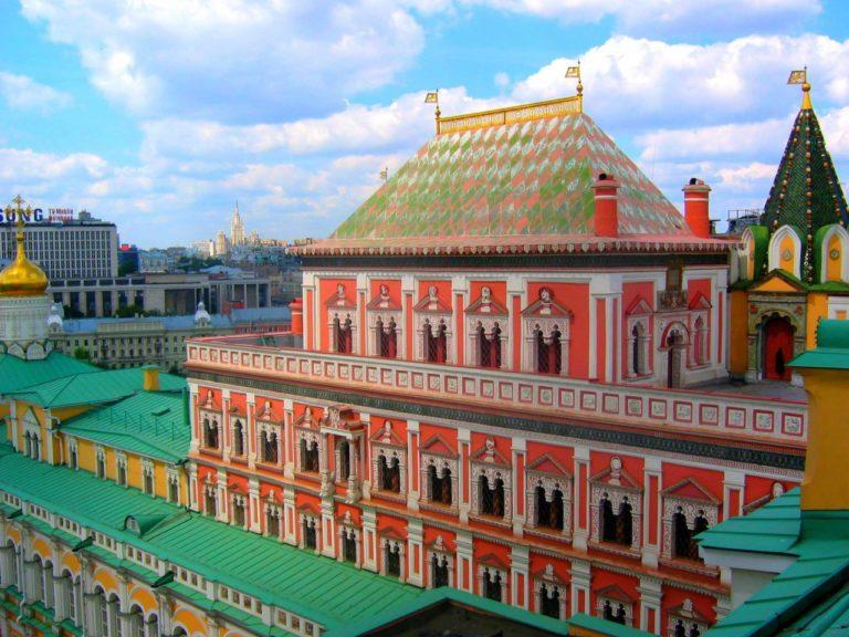 Теремной дворец. 1635–1636. Перестроен в XIX в.