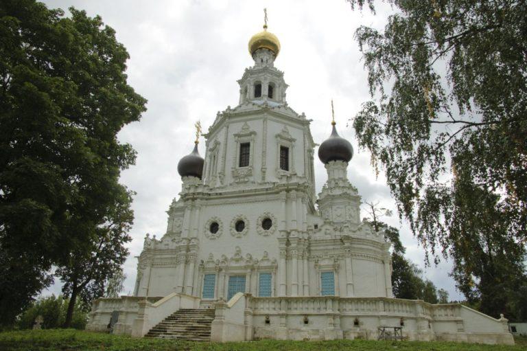 Троицкая церковь в Троице-Лыкове. 1690–1695