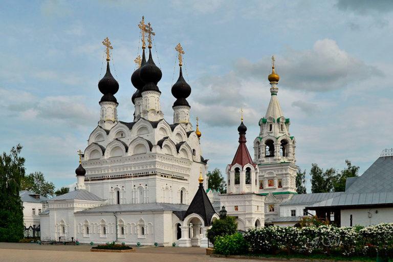 Троицкий собор. 1642–1643