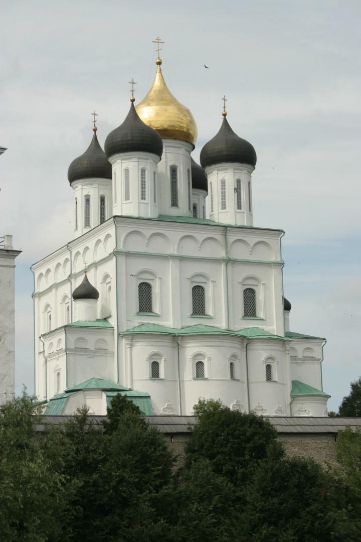 Троицкий собор. 1682–1699
