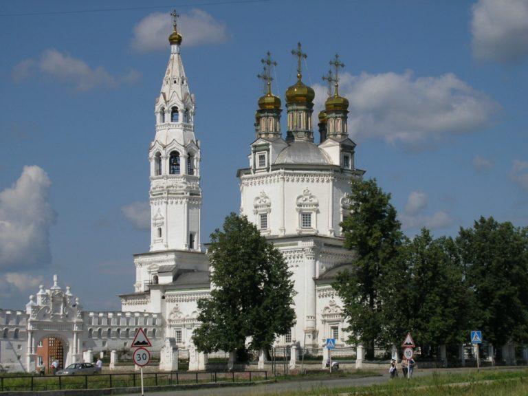 Троицкий собор. 1703–1704