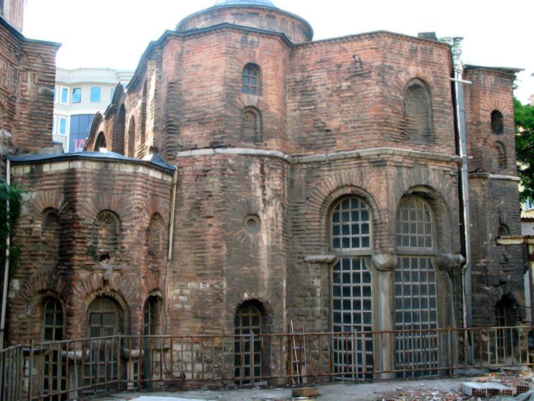 Восточный фасад церкви Богородицы. Нач. X в.