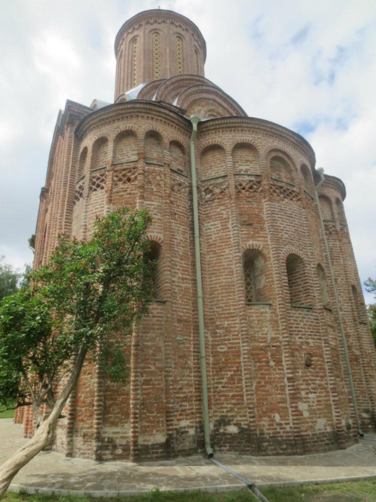 Восточный фасад церкви Святой Параскевы