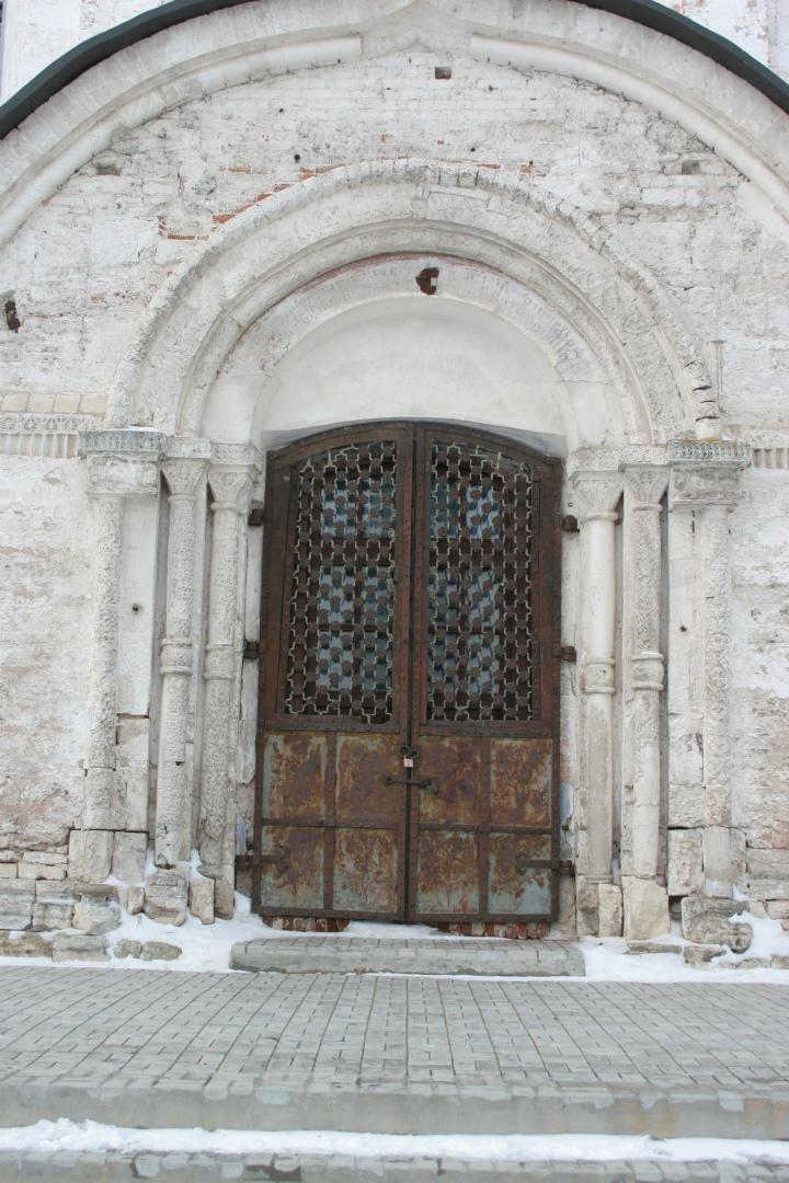 Южный притвор Богородице-Рождественского собора