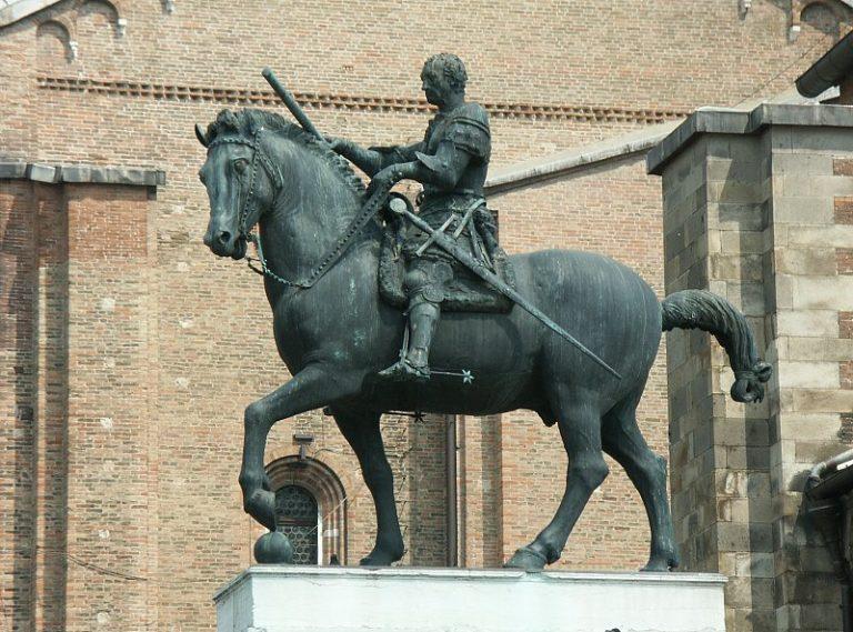 Конная статуя кондотьера Гаттамелаты. 1447–1453