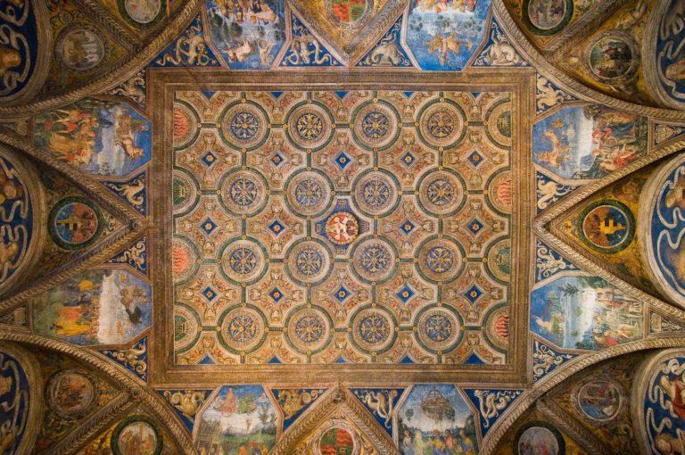 Роспись потолка Зала сивилл. 1492–1494