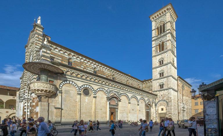 Собор Святого Стефана, южный фасад. XII–XIV вв.