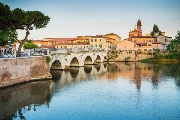 Вид на мост Тиберия, Римини