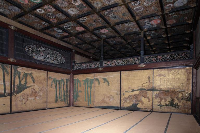 Декоративные росписи во дворце Ниномару. 1626