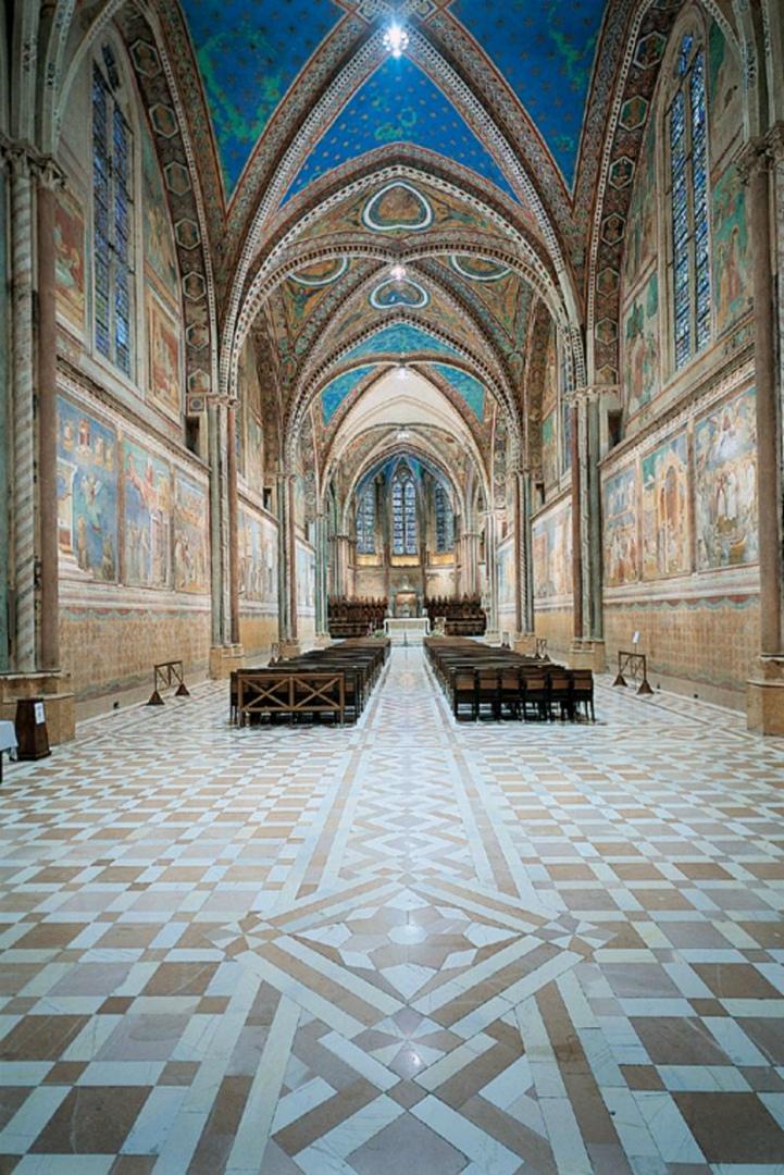 Интерьер Верхней церкви Сан-Франческо, Ассизи