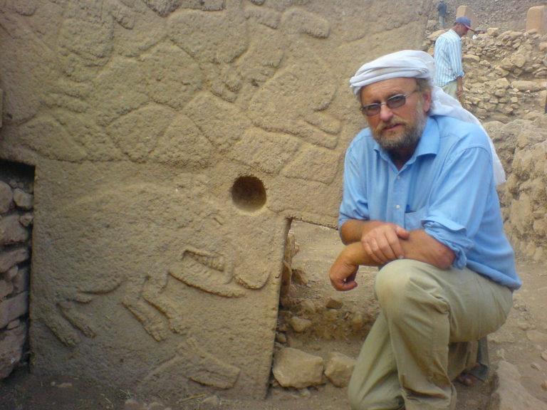 Клаус Шмидт (нем. Klaus Schmidt, 1953–2014) на раскопках Гёбекли-Тепе
