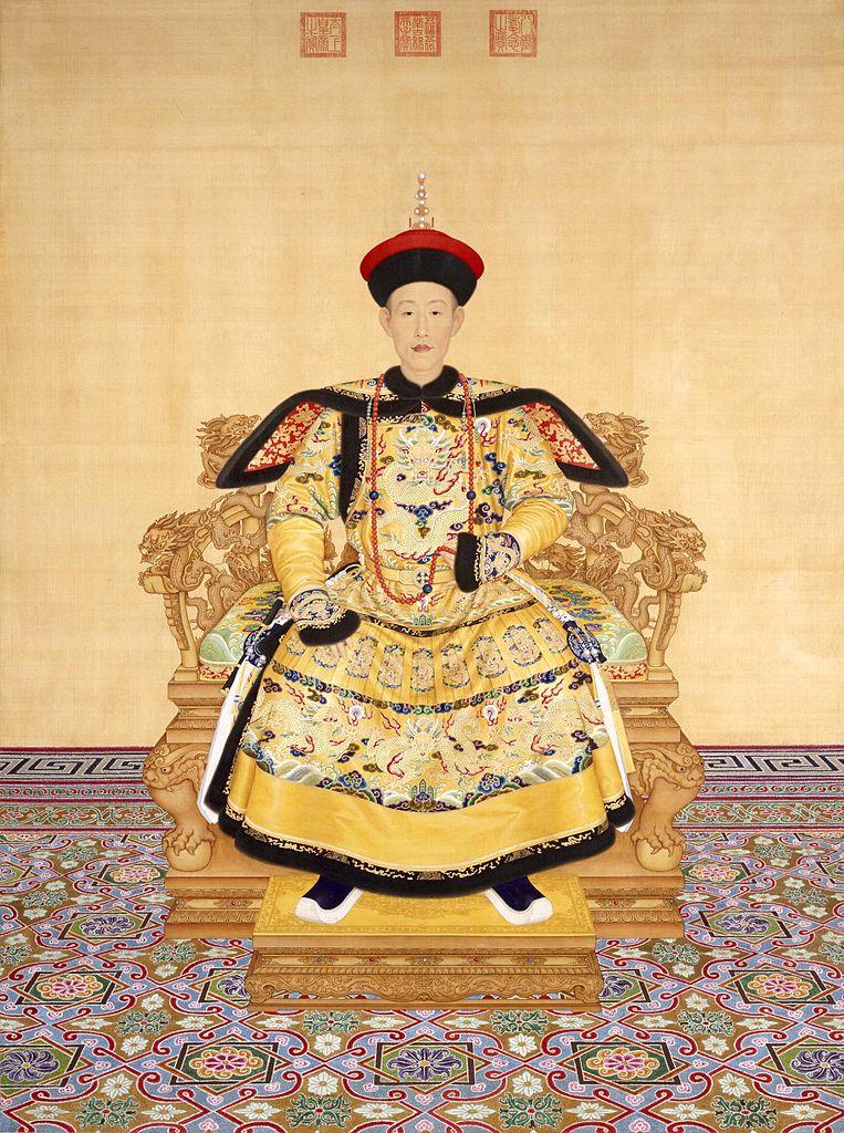 Парадный портрет императора Цяньлуна (Айсиньгёро Хунли, 1711–1799, правил 1735–1796) на троне. 1736