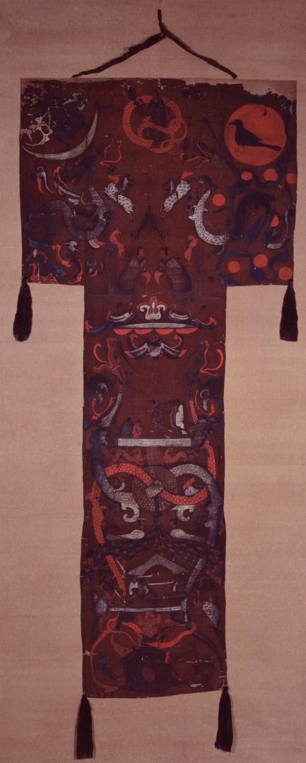 «Штандарт» из захоронения маркизы Дай в Мавандуе. II в. до н.э.