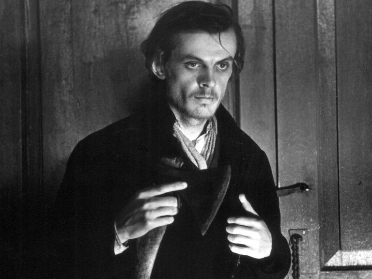 Георгий Тараторкин в роли Раскольникова. Кадр из фильма «Преступление и наказание». 1969