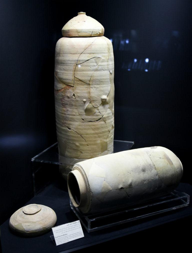 Глиняные сосуды, в которых хранились кумранские рукописи