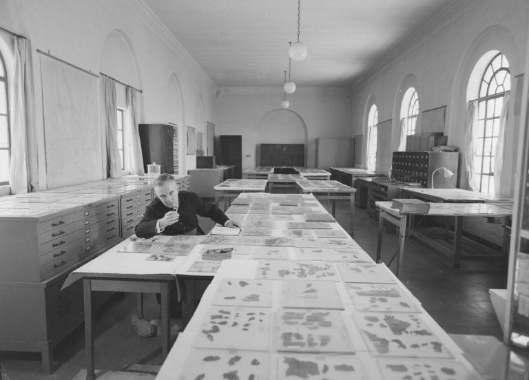 Исследование кумранских рукописей в музее Рокфеллера
